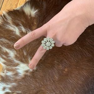 Jewelry - 🆕Rhinestone silver ring adjustable